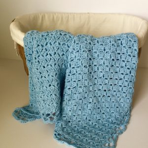 Baby Blue Baby Blanket crochet pattern by Little Monkeys Designs
