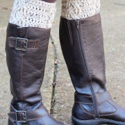 three cables boot cuffs in oatmeal