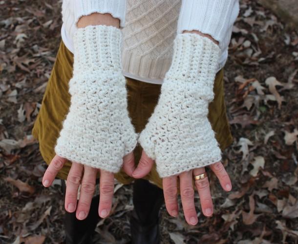 merino wool fingerless gloves crochet pattern by Little Monkeys Designs