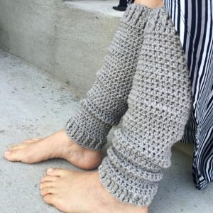 On Your Toes Legwarmers crochet pattern for adults by Little Monkeys Designs