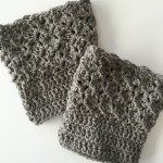 quuens lace boot cuffs in wool