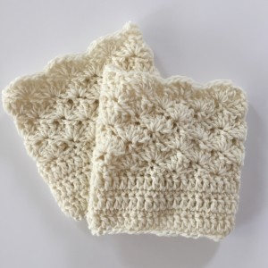 shells boot cuffs in wool