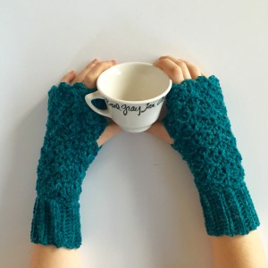 lacy fingerless gloves crochet pattern in teal merino wool