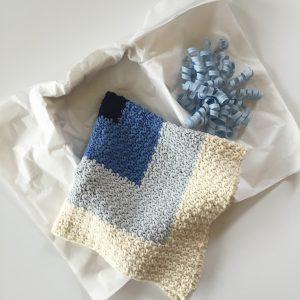 Sqaures Baby Blanket crochet pattern by Little Monkeys Designs