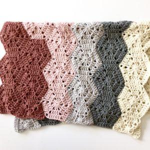 Chunky Hexi baby blanket crochet pattern by Little Monkeys Designs