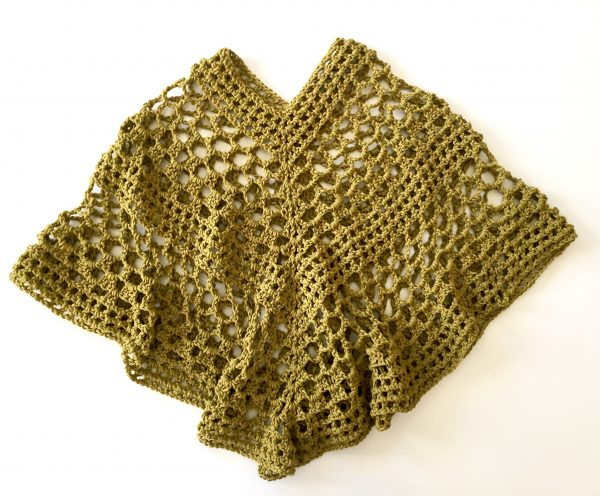 Beatrice poncho crochet pattern for girls by Little Monkeys Designs