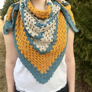A Sunny Day triangle shawl crochet pattern by Little Monkeys Design. Triangle shawl scarf.
