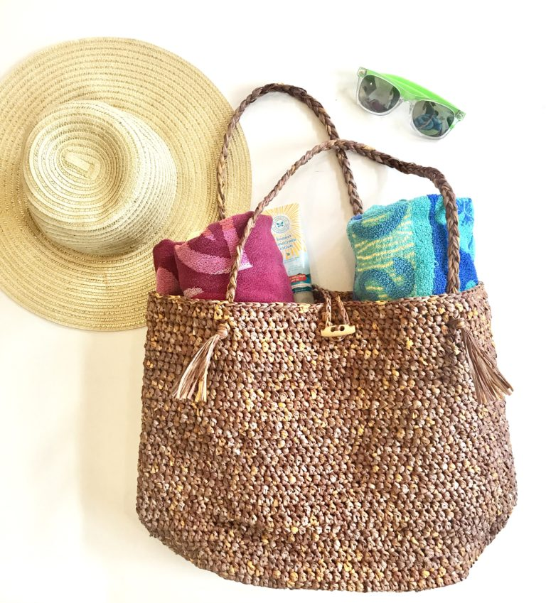 Beach Bound Straw Bag crochet pattern by Little Monkeys Design - crochet raffia bag - beach tote crochet pattern