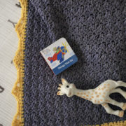 Royal Baby Blanket crochet pattern - crochet baby blanket pattern by Little Monkeys Design - baby blanket crochet pattern
