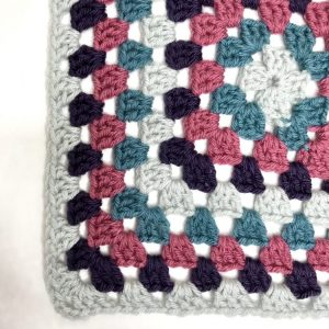 Granny Square Stitch Square crochet pattern by Mastering Crochet