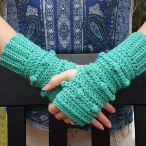 Snow Drifts Fingerless Gloves - texting gloves crochet pattern