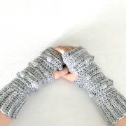 Snow Drifts Fingerless Gloves crochet pattern by Little Monkeys Designs - crochet pattern women