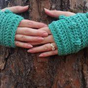 Snow Drifts Fingerless Gloves crochet pattern by Little Monkeys Designs - fun gloves pattern