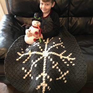 Snowflake Afghan crochet pattern by Little Monkeys Designs - snowflake lap blanket home decor pattern