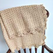 Precious Bundle Baby Blanket crochet pattern by Little Monkeys Designs - crochet baby blanket
