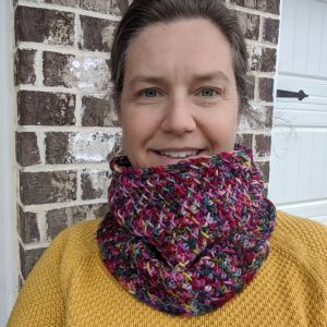 Very Merry Cowl crochet pattern by Little Monkeys Designs - Cowl Tunisian crochet pattern