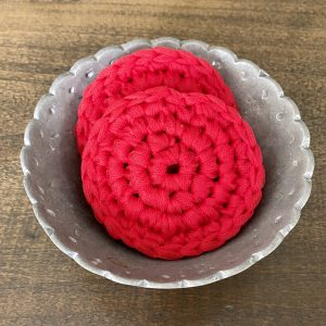 Dish Scrub crochet pattern by Little Monkeys Designs - kitchen dish scrub