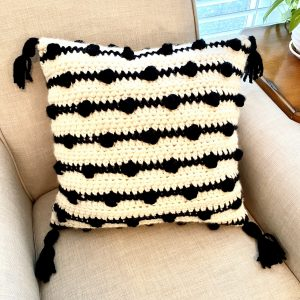 Modern Bobble pillow crochet pattern