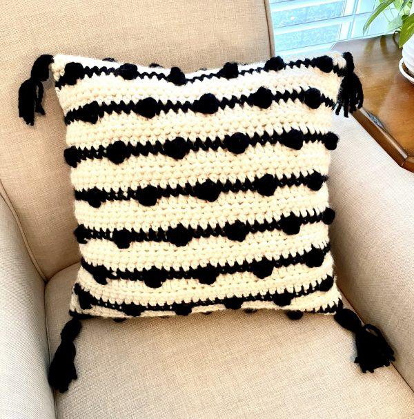 Modern Bobble pillow crochet pattern